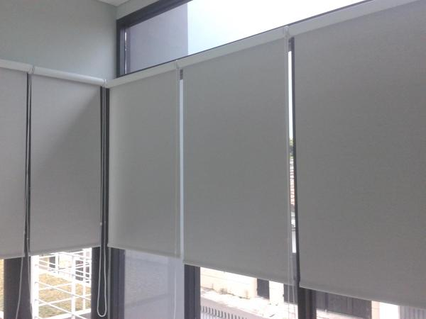 roller_blind_sharp_point