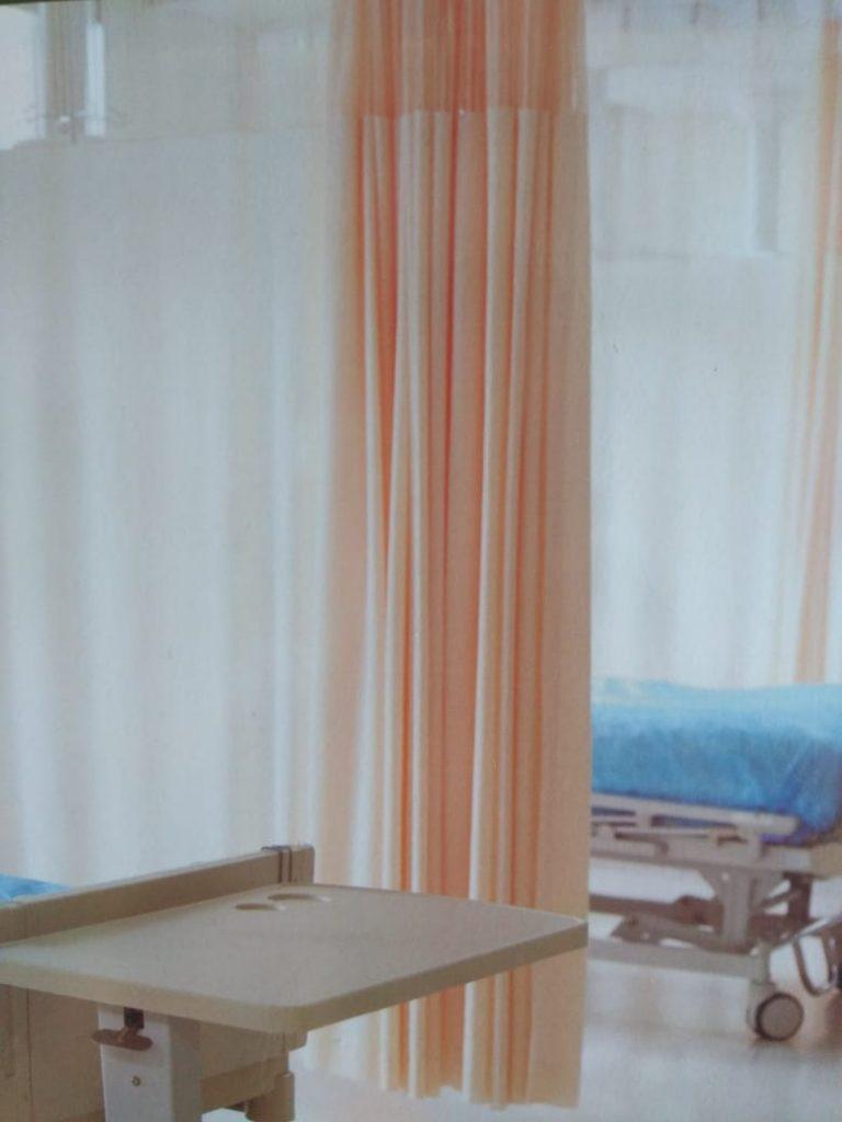 tirai rumah sakit